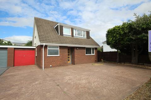 3 bedroom detached house for sale - Carlines Avenue, Ewloe