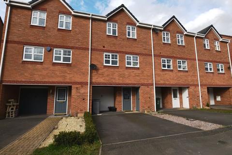 4 bedroom terraced house for sale - Vernon Drive, Market Drayton