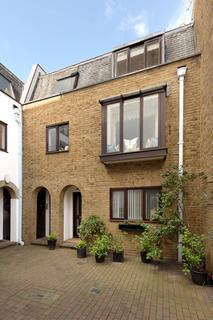 2 bedroom apartment for sale - Bowland Yard, Knightsbridge, SW1X