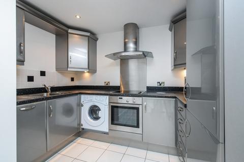 1 bedroom ground floor flat to rent - Flat 3 The Crescent, Gloucester Road