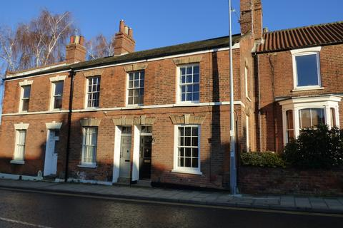 3 bedroom terraced house to rent - Upgate, Louth, LN11 9HD