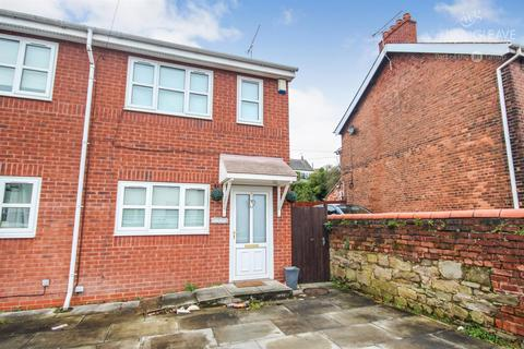 3 bedroom house to rent - High Street, Bagillt