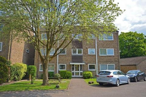 2 bedroom apartment to rent - Henley Drive, Frimley Green