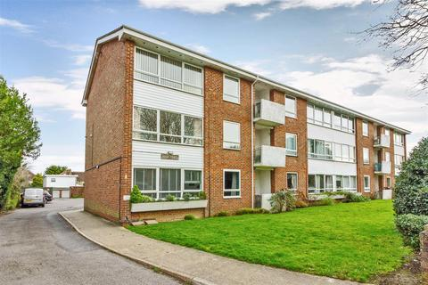 2 bedroom flat to rent - St. Botolphs Road, Worthing