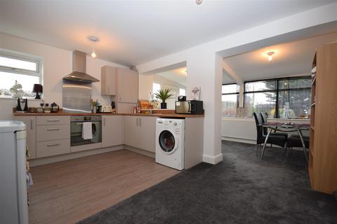 3 bedroom semi-detached house for sale - Victoria Street, Lostock Hall, Preston