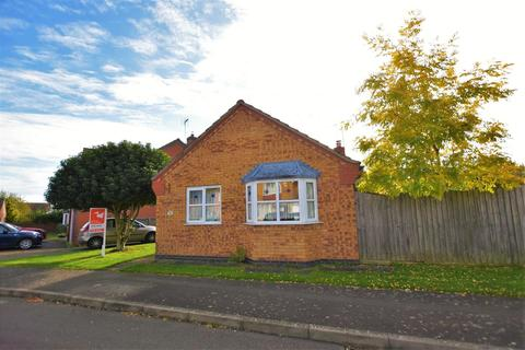 2 bedroom detached bungalow to rent - Dunlin Road, Essendine, Stamford