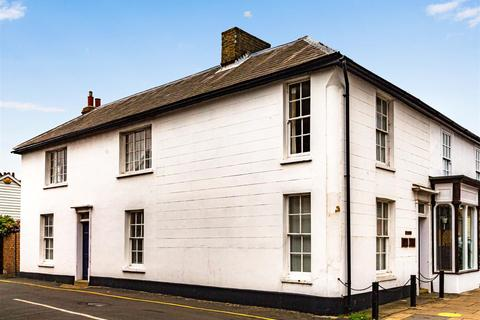 3 bedroom semi-detached house for sale - High Street, Burnham-On-Crouch
