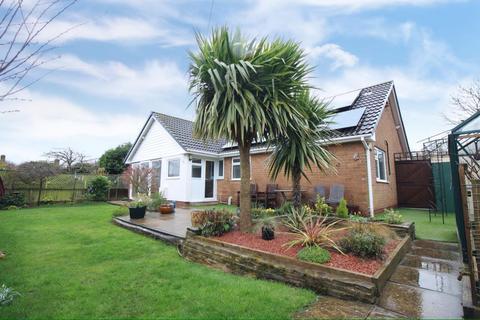 3 bedroom bungalow for sale - Bancroft Drive, Derby