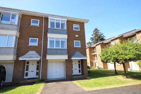 3 bedroom townhouse for sale - Evesham Road, Pittville, Cheltenham, GL52