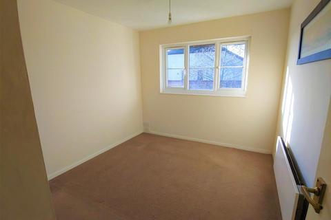 1 bedroom flat for sale - Foxglove Way, Wallington, SM6