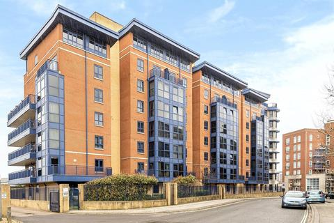 2 bedroom apartment for sale - Charter House, 85 Canute Road, Southampton, Hampshire, SO14