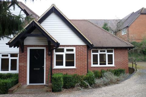 2 bedroom flat to rent - Seal, Sevenoaks, TN15