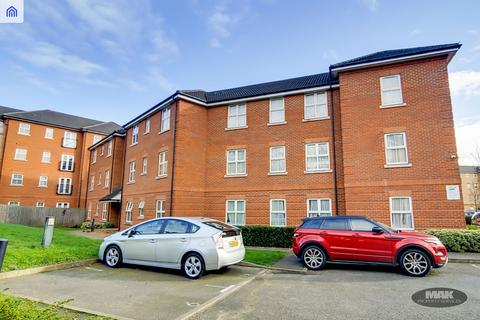 2 bedroom ground floor flat for sale - Piperway, Ilford IG1