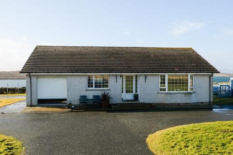 4 bedroom detached bungalow for sale - Blar Beag, Breasclete, Isle of Lewis HS2 9ED