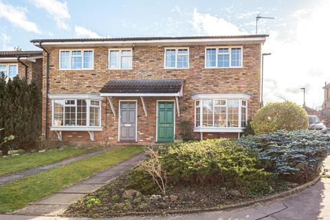 3 bedroom semi-detached house for sale - Sedgewood Close, Hayes