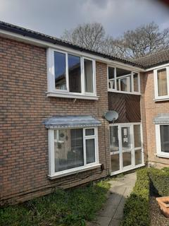 1 bedroom flat to rent - Creedy Gardens, Chartwell green, Southampton, Hampshire, SO18