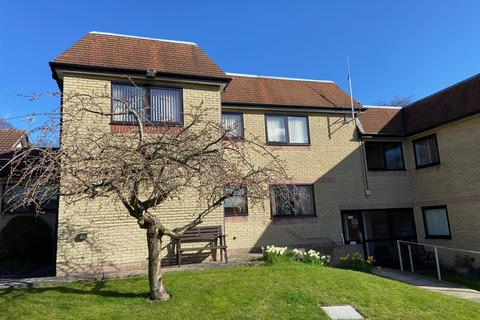 2 bedroom flat for sale - High Street, Old Whittington, Chesterfield, S41 9LQ