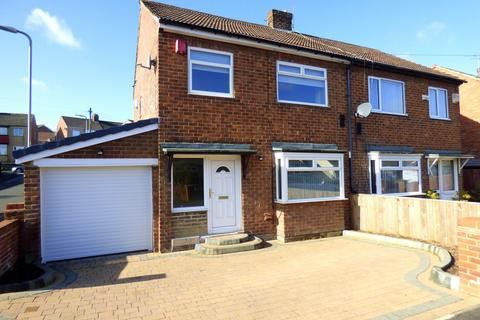 3 bedroom semi-detached house for sale - Chesham Road, Stockton-On-Tees, TS20
