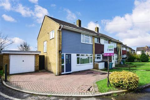 3 bedroom end of terrace house for sale - Elm Grove South, Barnham, Bognor Regis, West Sussex