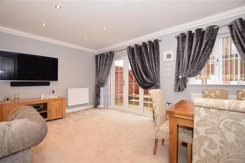 3 bedroom semi-detached house for sale - Bell Way, Kingswood, Maidstone, Kent