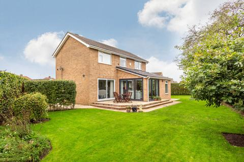 4 bedroom detached house for sale - Witham Drive, Huntington, York, YO32
