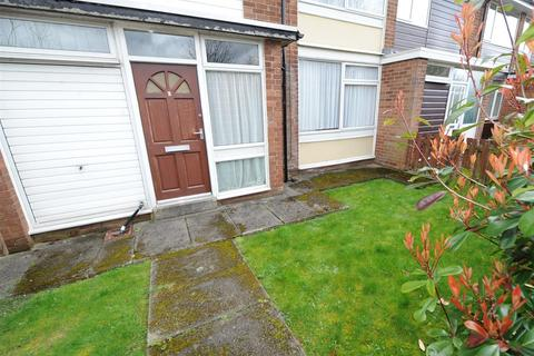 3 bedroom townhouse for sale - 2 Mossfield Green, Eccles M30 7RZ