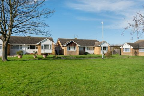 3 bedroom semi-detached bungalow for sale - Highgate Road, WHITSTABLE, Kent