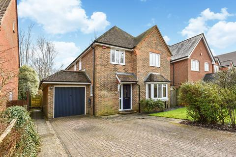4 bedroom detached house for sale - Penrose Way, FOUR MARKS, Hampshire