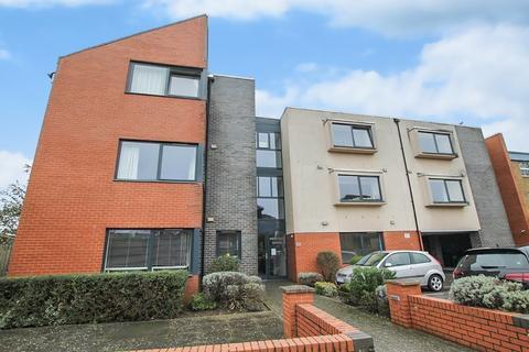 2 bedroom ground floor flat for sale - Ham Road, Shoreham-by-Sea BN43 6EW