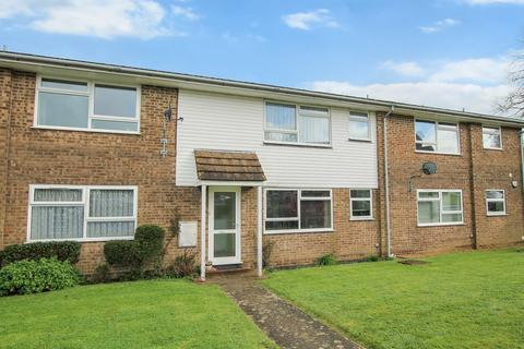 1 bedroom ground floor flat for sale - Trueligh Court, Truleigh Road, Upper Beeding, Steyning, West Sussex, BN44 3JY