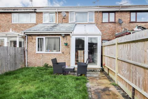 3 bedroom terraced house for sale - Benbow Gardens, Calmore