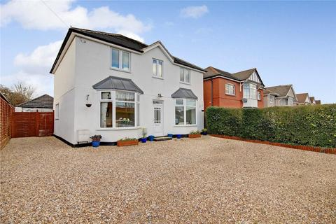 5 bedroom detached house for sale - Highworth Road, Stratton St Margaret, Swindon, Wiltshire, SN3