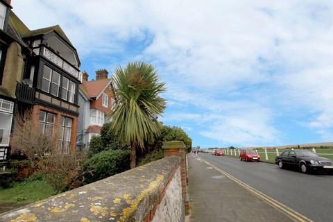 2 bedroom apartment for sale - Walmer Seafront