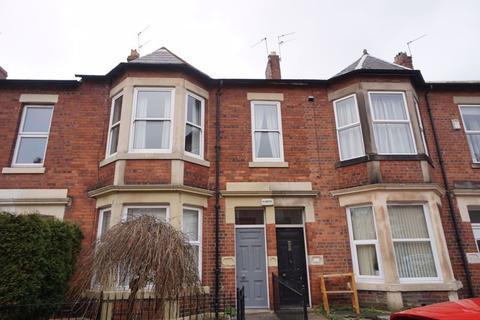 3 bedroom apartment for sale - Sandringham Road, South Gosforth