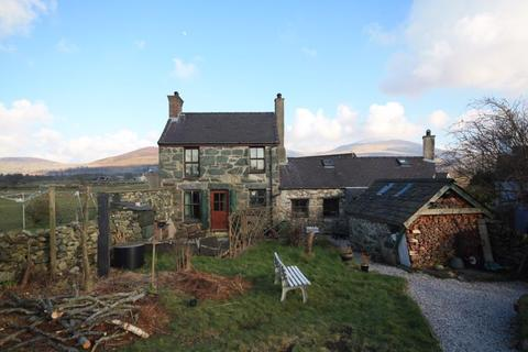 3 bedroom detached house for sale - Penisarwaun, Gwynedd