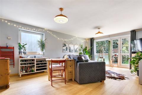 2 bedroom flat for sale - Regent Square, London, E3