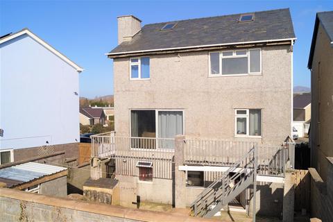 4 bedroom detached house for sale - Bro Cymerau, Pwllheli