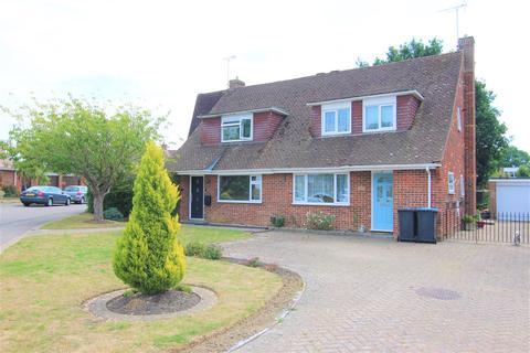 2 bedroom semi-detached house for sale - Poveys Close, Burgess Hill