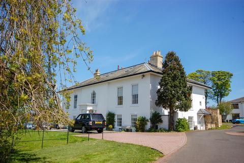 6 bedroom semi-detached house to rent - Burdon, Sunderland