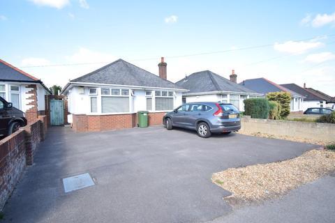 2 bedroom detached bungalow for sale - Herbert Avenue, Poole