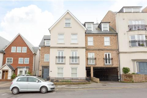 2 bedroom penthouse for sale - Vere Road, Broadstairs