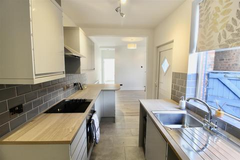 3 bedroom terraced house to rent - Judges Street, Loughborough