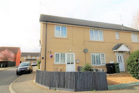 3 bedroom semi-detached house for sale - Baldock Drive, King's Lynn