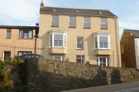 4 bedroom flat for sale - Flat 3, Tower House, Tower Hill, Fishguard