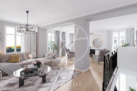 4 bedroom apartment - PARIS, 75017