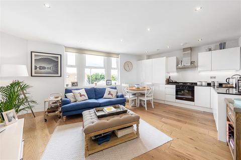 2 bedroom flat for sale - Durnsford Road, SW19
