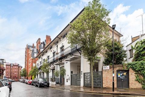 3 bedroom maisonette to rent - Salem Road London W2