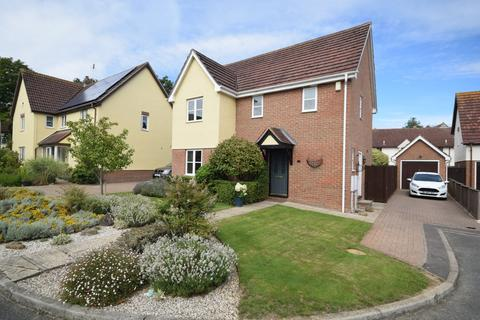 4 bedroom detached house for sale - Salmons Close, Barnston, Dunmow, Essex, CM6