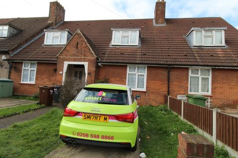 3 bedroom terraced house to rent - Broad Street, Dagenham, Essex, RM10