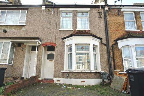 3 bedroom terraced house for sale - Engleheart Road, Catford SE6